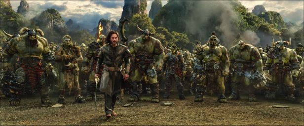 warcraft-movie-lothar-orcs.jpg